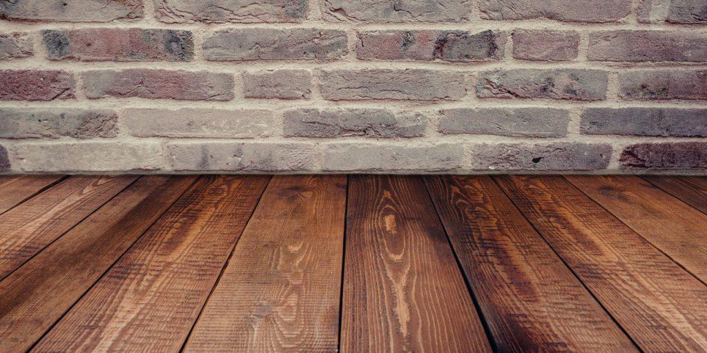 Limpieza y mantenimiento de suelos aceitados